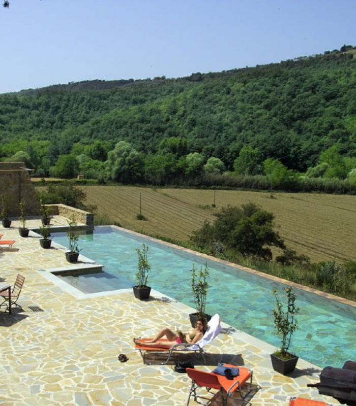 Terrace, swimming pool and valley
